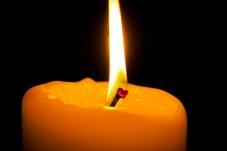 candle-2942335_1920
